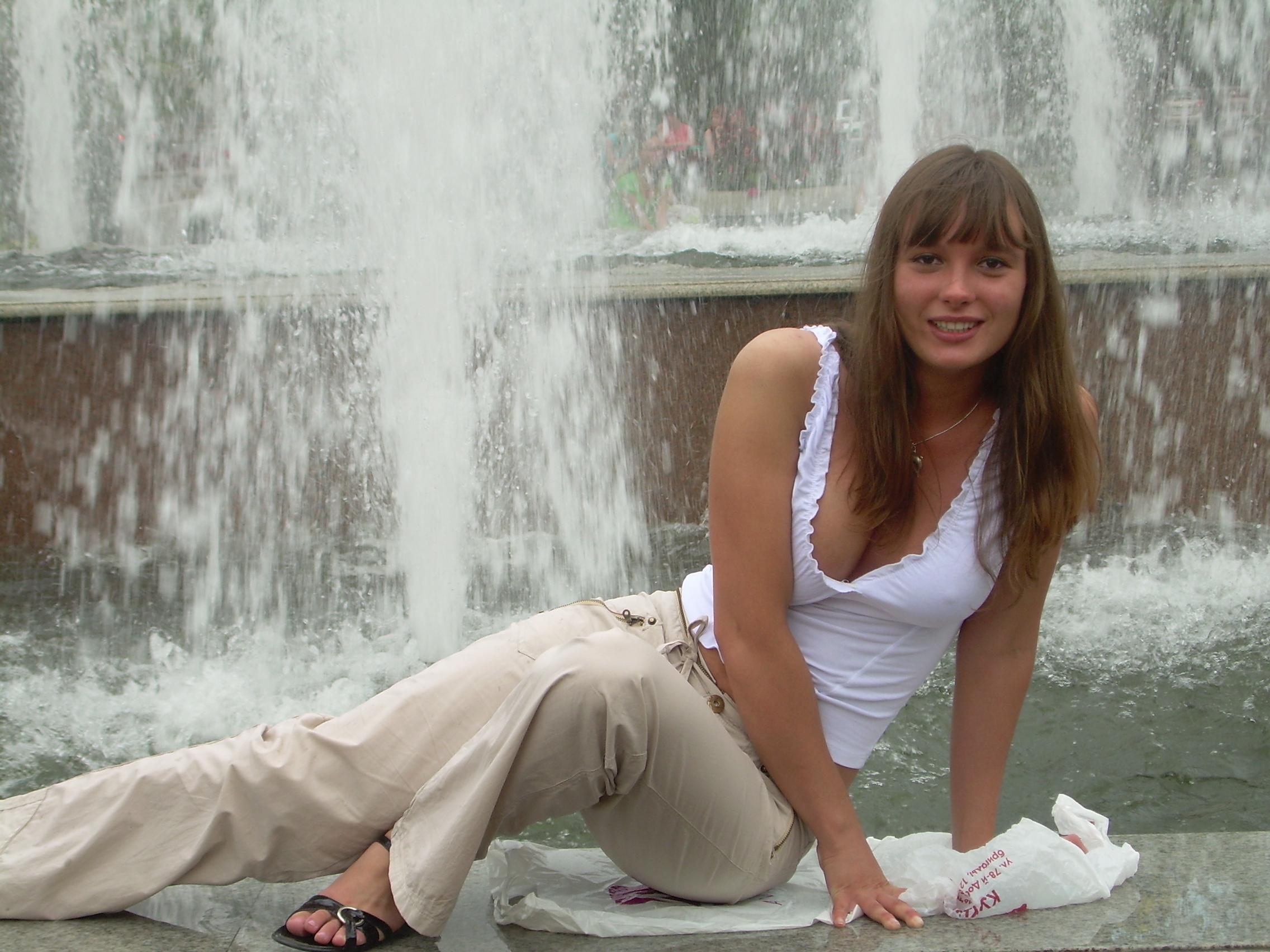 Русская сисястая девушка 20 фотография