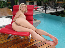 # 842 Anikka Albrite 2013-09-22k1rlmo4krp.jpg